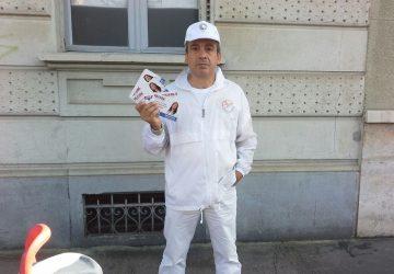 volantinaggio a Torino per agente Remax