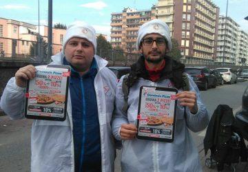 Volantinaggio a Milano per Domino's Pizza